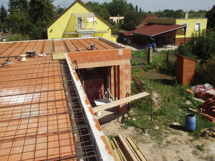 DM House - priebežné reálne náklady stavby: 23.954,- eur