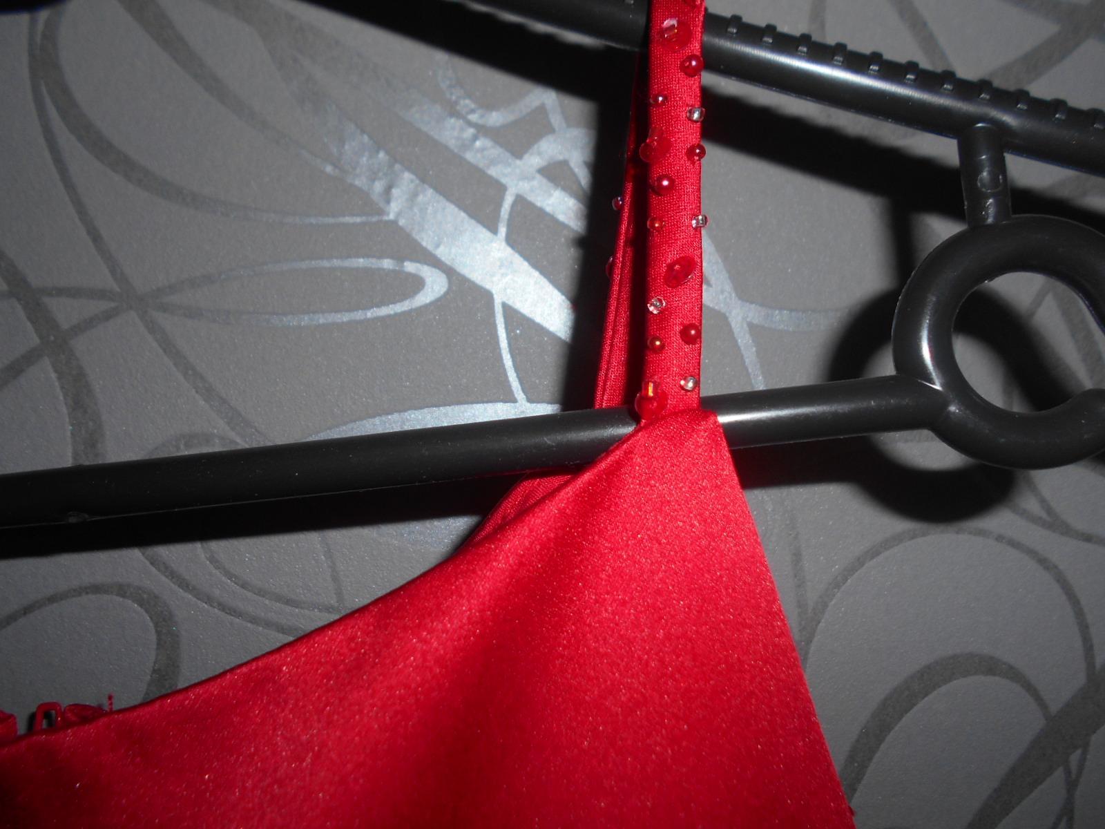slavnostní šaty - Obrázek č. 3