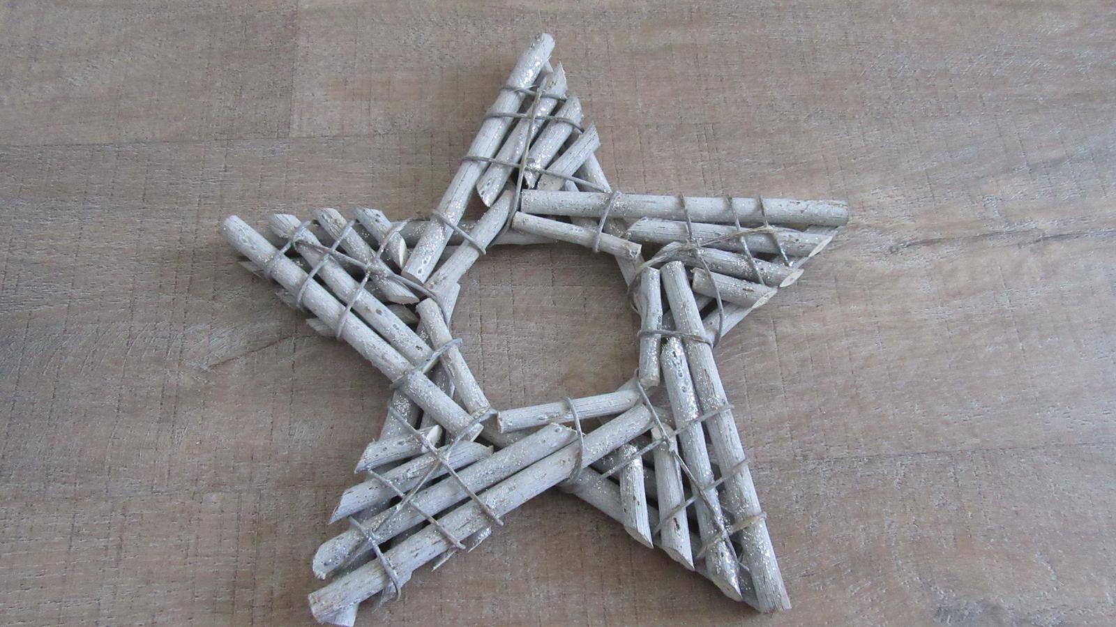 vianočná dekorácia - hviezda z dreva - Obrázok č. 1