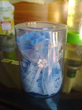 Podvazek modrý aby jsme měli něco modrého