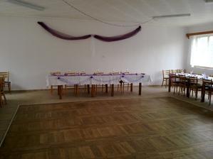 stůl pro novomanžele a rodiče =)