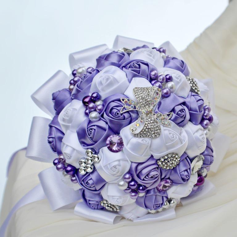AUKCE svatební kytice - AUKCE SVATEBNÍ KYTICE !!! vyvolávací cena 450.- czk, přihazujte v komentářích na stránce , kde najdete podmínky aukce .... https://www.facebook.com/svatebnidoplnky/
