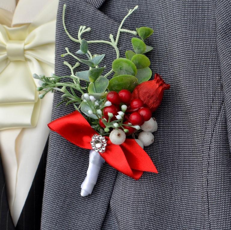 Makovičky, bavlník, bobulky, česnek a umělý eukalyptus :) - http://www.kultdesign.cz/666design-cz/eshop/32-1-SVATEBNI-KYTICE