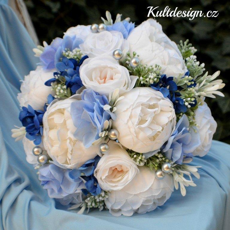 Svatební kytice z umělých květin Kultdesign - http://www.kultdesign.cz/666design-cz/eshop/32-1-SVATEBNI-KYTICE/0/5/3079-Svatebni-kytice-Ella-a-korsaz