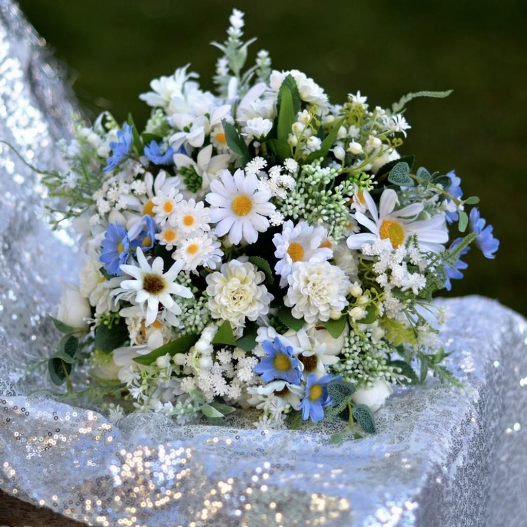 Umělé svatební kytice, skvělá volba na odložené svatby - www.kultdesign.cz