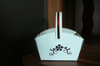 Košíček na koláčky - vlastní tvorba
