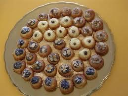 Svatební koláčky - objednáno 10 kg