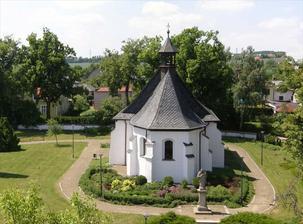 Místo obřadu - kostelík Nejsvětější Trojice v Klimkovicích :-)
