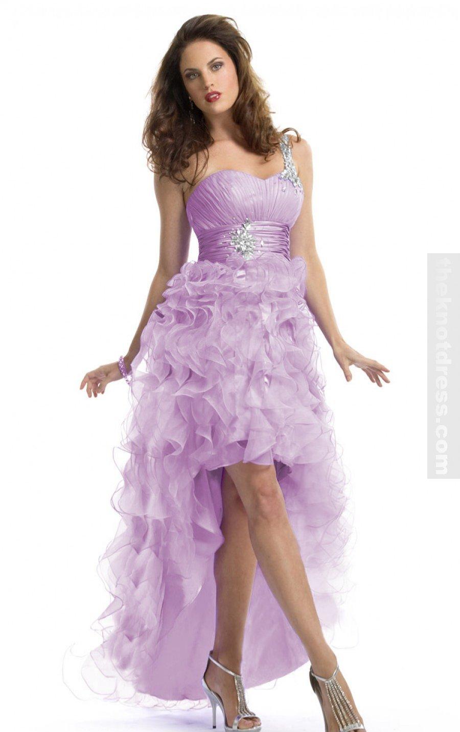 A nakoniec spoločenské šaty... - Obrázok č. 1