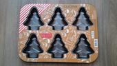 Plechová forma na pečení vánoční,