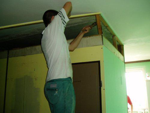 Huráááá - Začíname rozmontovávať staré bytové jadro