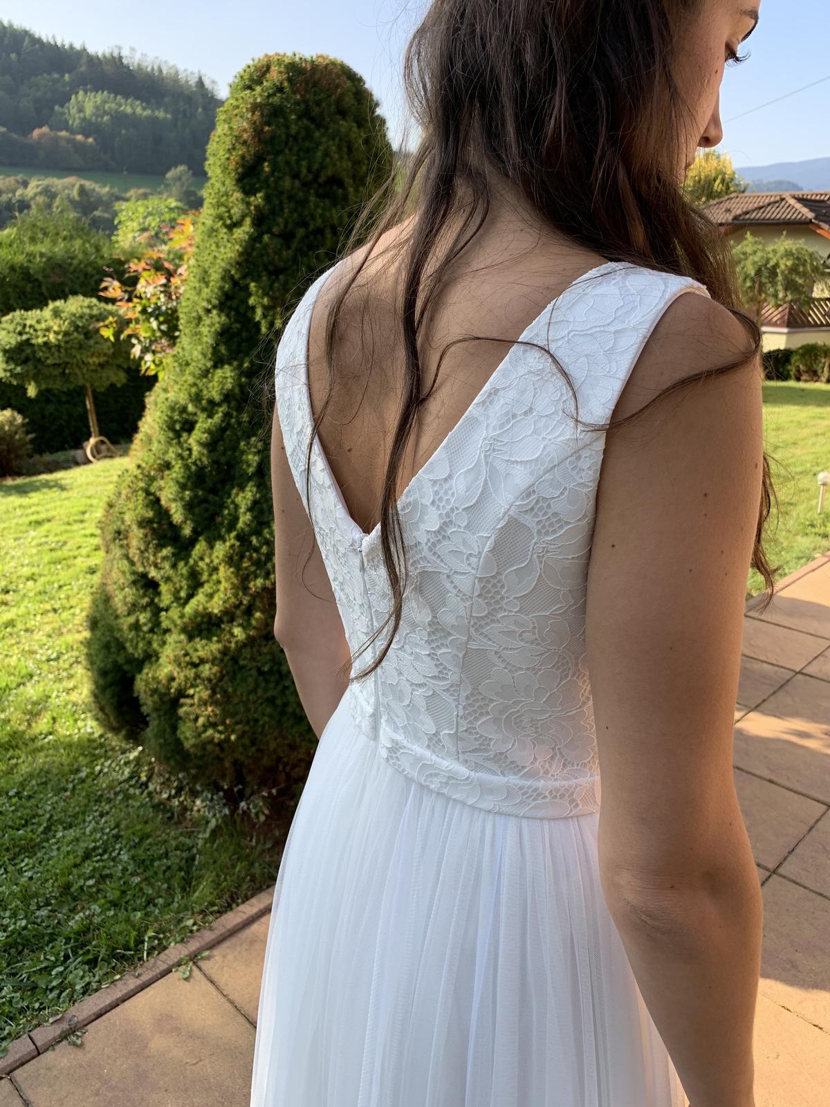 Svadobné šaty/Popolnočné šaty - Obrázok č. 1