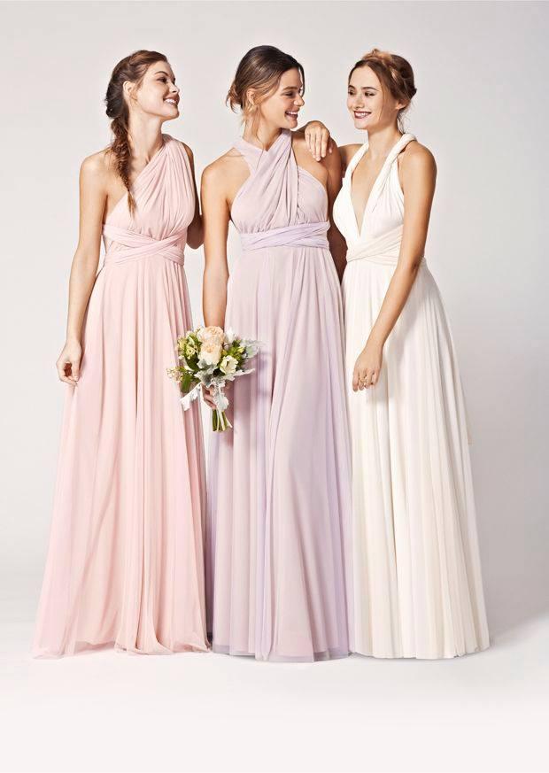 katarinacopjan Nevestičky v našom salone nájdete krásne šaty pre družičky  farby sú rôzne...sú na požičanie alebo sa dajú kúpiť. emoticon a3277dcb83