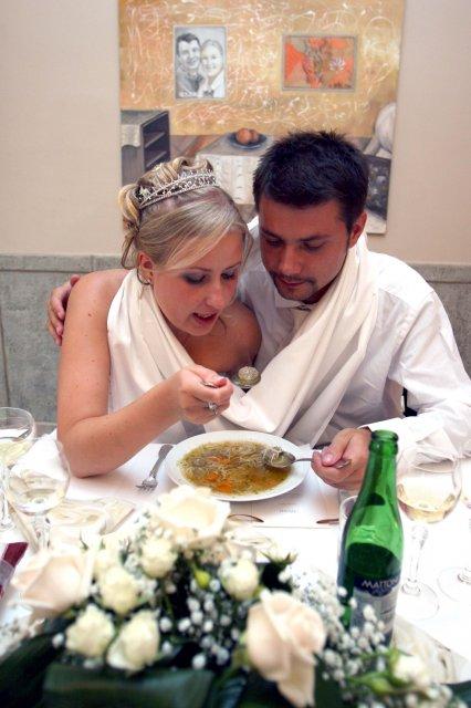 Tánička{{_AND_}}Tomino - Knedlíčkova polievka. Bola pekne horúca!