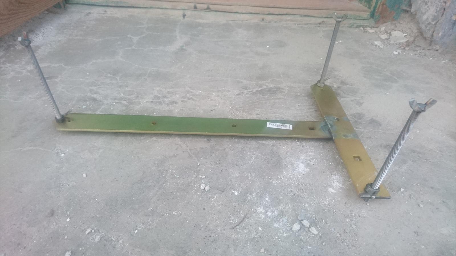 K602-ka - Pripravok na zhotovenie maltoveho lozka prveho radu v tej spravnej vyske