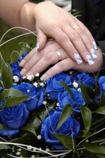 prstýnky a kytí