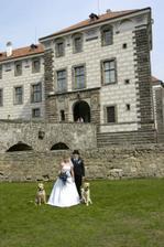 Manželé Bláhovi a jejich psí smečka::)))))