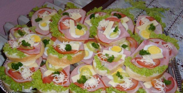 18.apríl 2009 - chlebíčky, ktoré som robila na oslavu