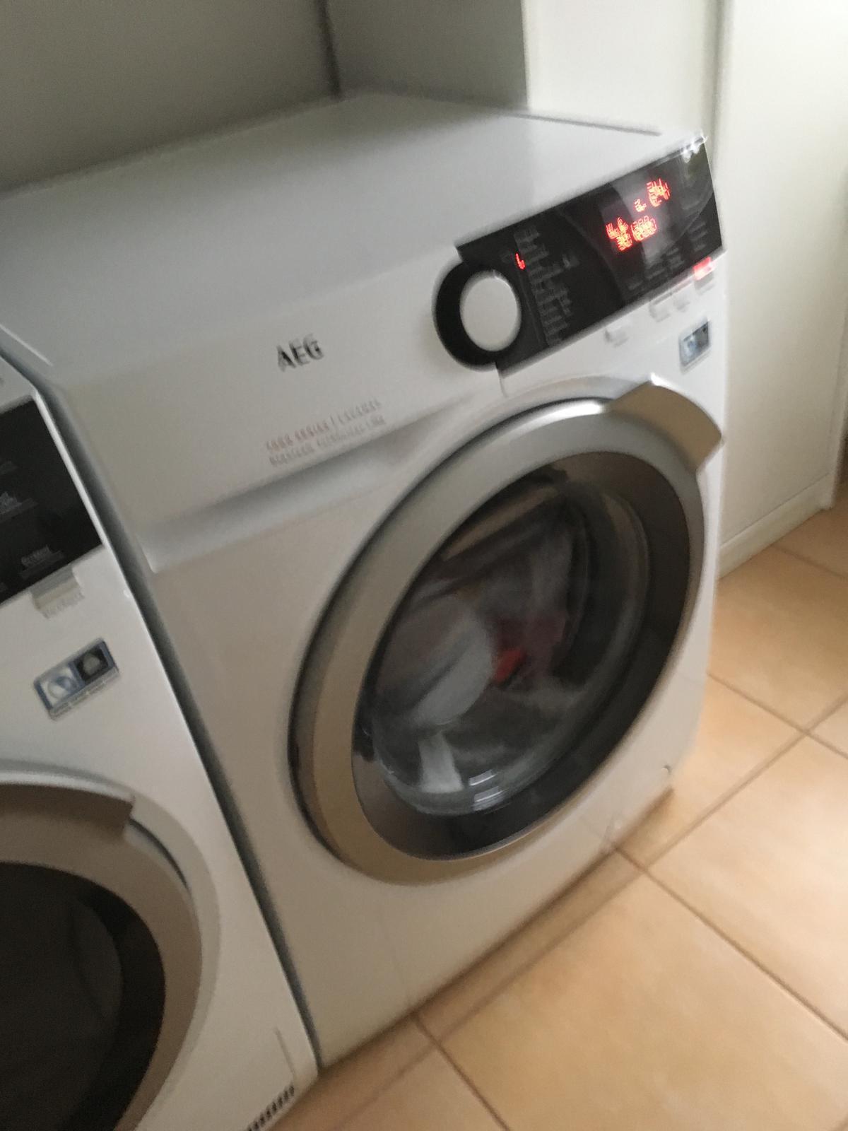 Tak myčka odzkoušena zatím na krátký program, ale pračka už jede na plné obratky😀. - Obrázek č. 3
