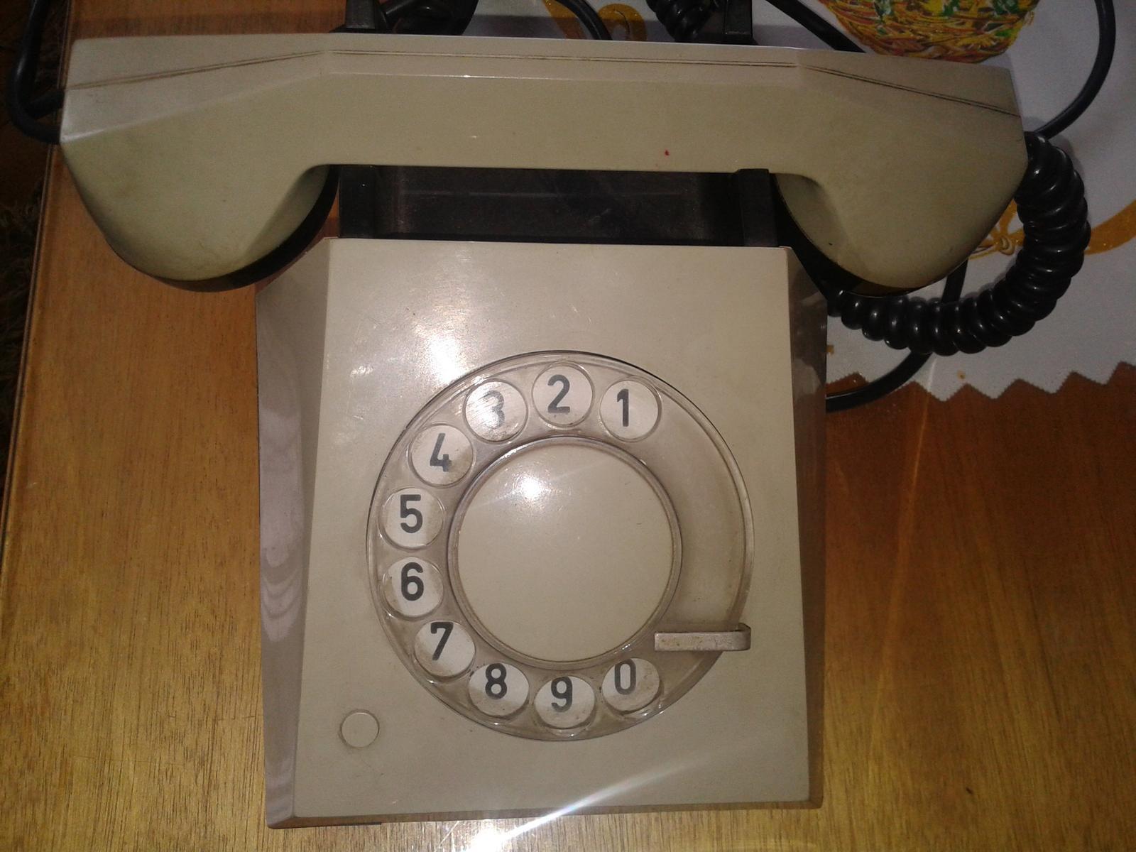 telefon - Obrázok č. 1