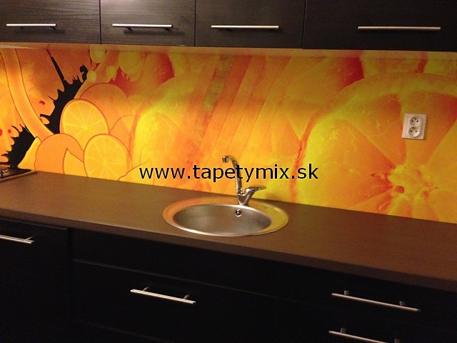 Fototapety do kuchyně - na kuchyňskou linku, na zeď, na skřínky - Fototapeta z vlastního motivu v kuchyni - REALIZACE