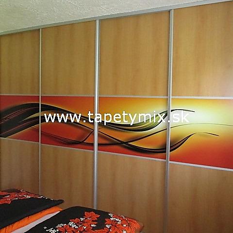 Fototapety - realizace zakázek - Samolepíci tapeta na vestavěné skříni ( na míru )