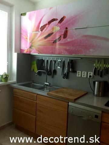 Fototapety - realizace zakázek - Samolepíci tapeta na kuchyňské lince