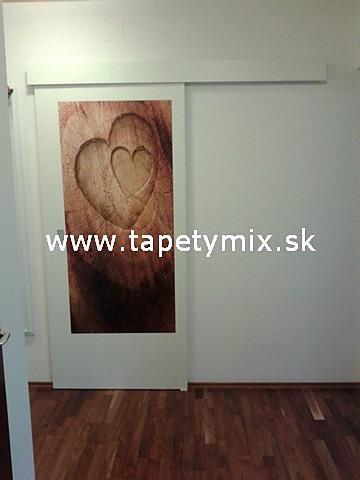 Fototapety na vestavěné skříne, nábytek, dveře - REALIZACE - Samolepíci tapeta na dveře Srdce