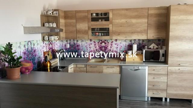 Fototapety do kuchyně - na kuchyňskou linku, na zeď, na skřínky - Kuchyňská linka s fototapetou na míru Levandule