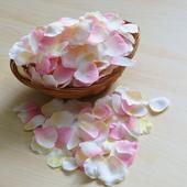 Okvětní plátky růží - mix barev,