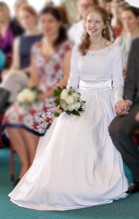 Svatební šaty s dlouhými rukávy 36-38 - Obrázek č. 1