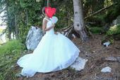 Nadherne svadobne šaty, 36