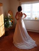 Svatební šaty bílé vel.37/38, 37