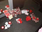 Cervena svatebni dekorace,