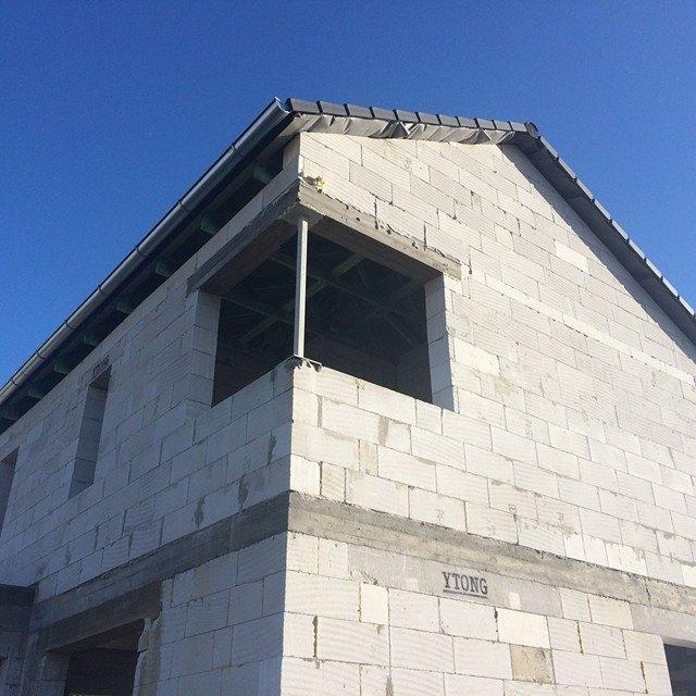 Stavba domu na kraji Prahy - Můj skvělý výmysl rohových oken už se rýsuje.