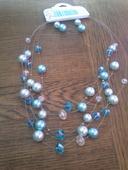 Víceřadý náhrdelník a náušnice,