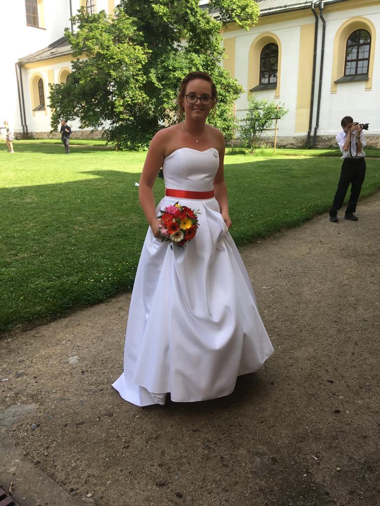 svatební šaty s kapsami 36/38 - Obrázek č. 1