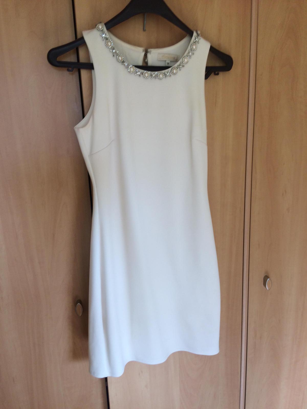 Biele spoločenské šaty - Obrázok č. 1