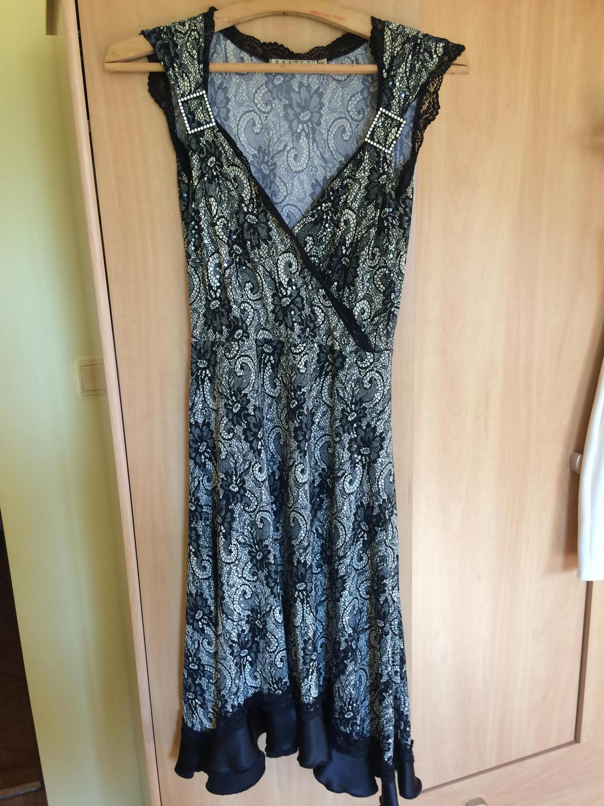 Čiernobiele šaty - Obrázok č. 1