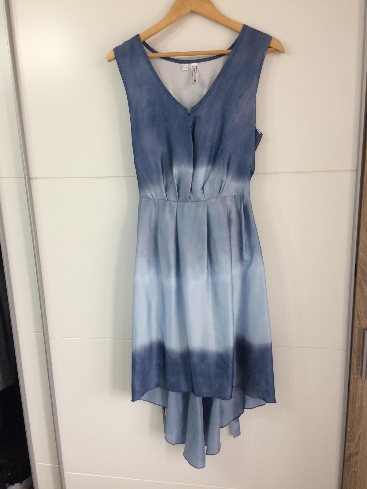 Šaty v hodvábom vzhľade - Obrázok č. 1