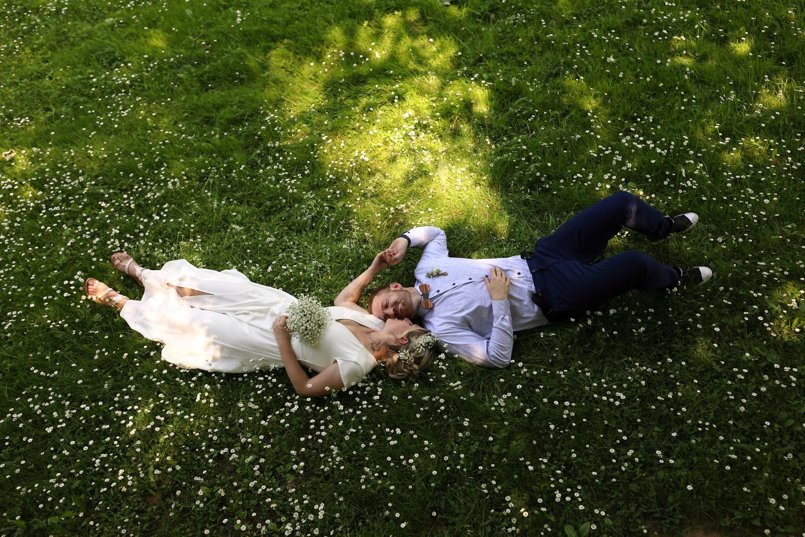 Rád Vaši svatbu nafotím.... - Obrázek č. 2