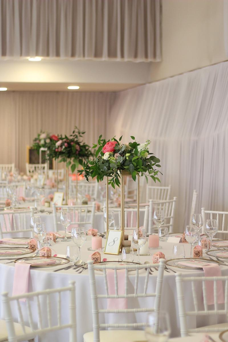 Ak snívate o svadbe v ružovom... :) - Obrázok č. 2