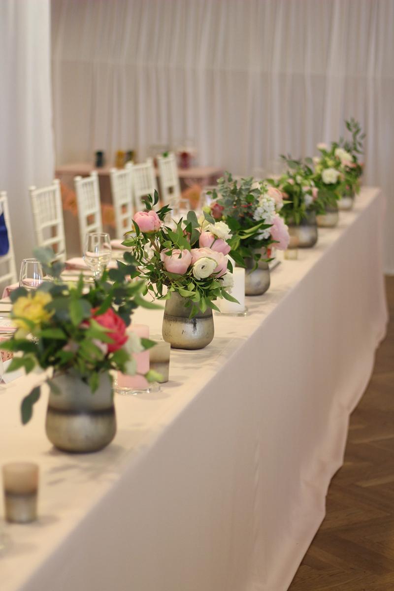 Púdrovo-ružový obrus na hlavný stôl - Obrázok č. 1