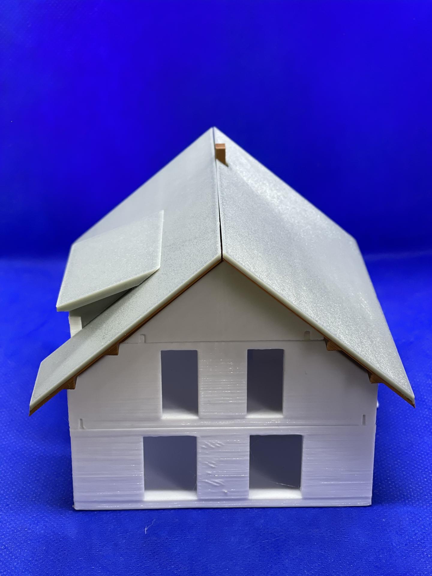 A dom je postavený :D 1:100 - Obrázok č. 2