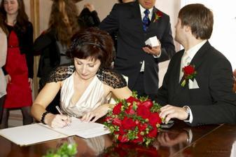 ještě nějaký podpisy před obřadem