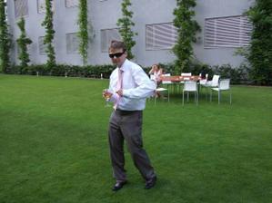 tančící ženich