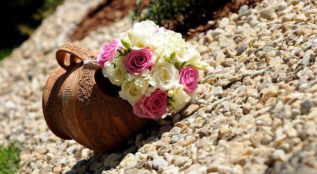 Niečo z výzdoby a príprav - 9.5.2009 - svadobná kytička