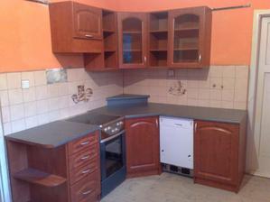 manzel stavia kuchynku :D