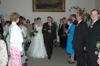 nevěsta už je taky na cestě, není cesty úniku:-)