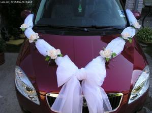 auto bude tak nějak jenasi ještě kvetinka nebo srdce